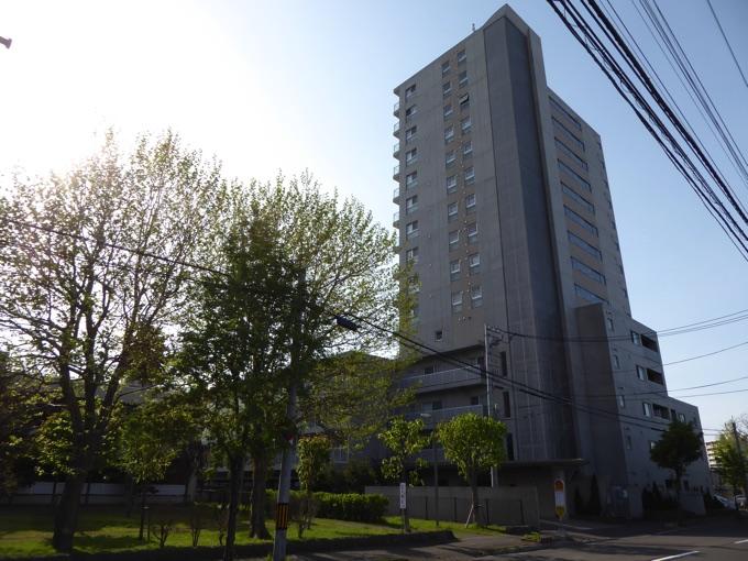 Rafaye Tower外観
