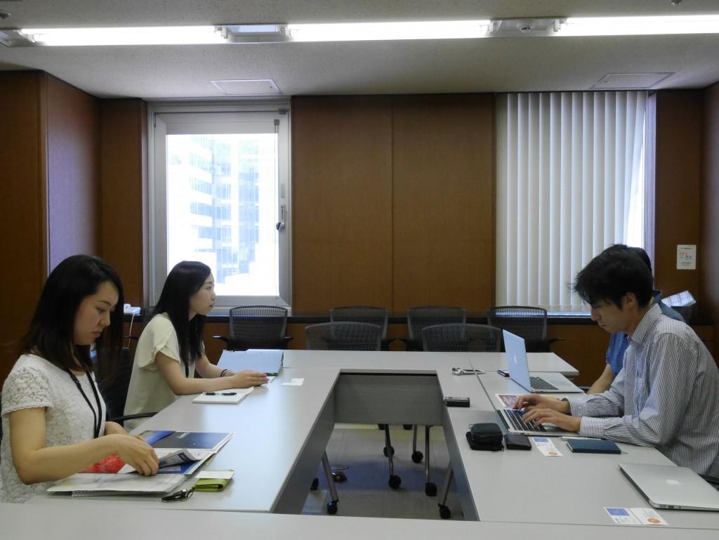 札幌市役所 インタビュー風景1