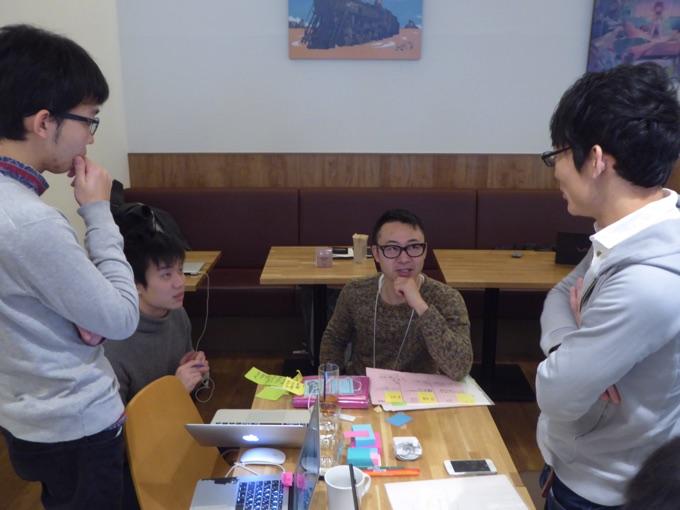 写真中央は株式会社MASSIVE SAPPORO代表取締役川村健治さん