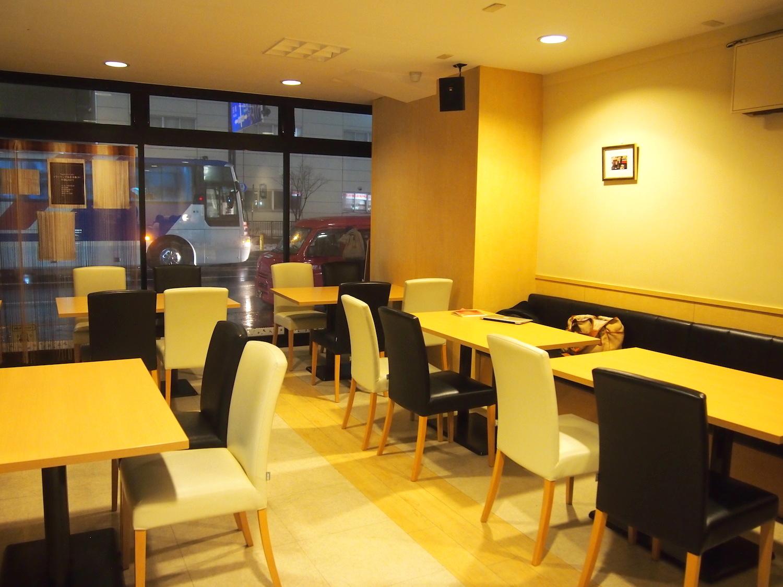 札幌カフェに行ってみた − リーズナブルな食事もあるコミュニティスペース