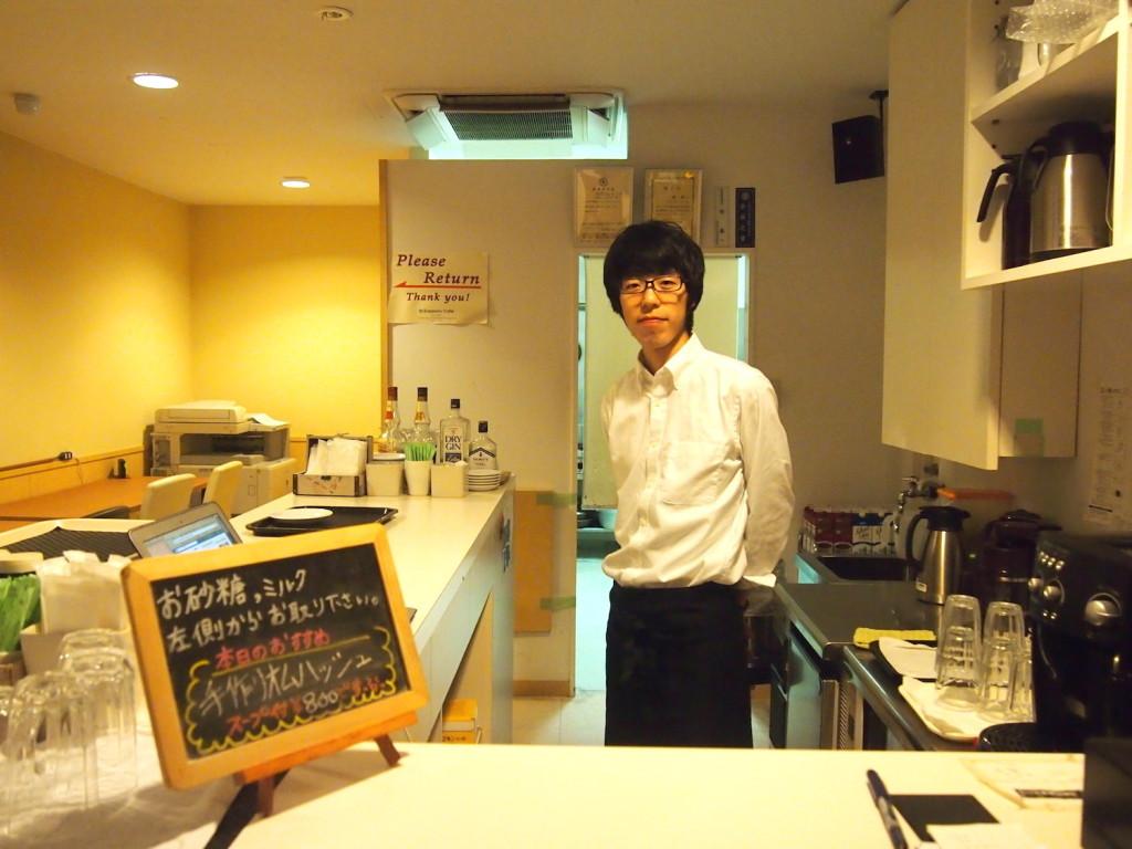 札幌カフェの店長の眞野さん