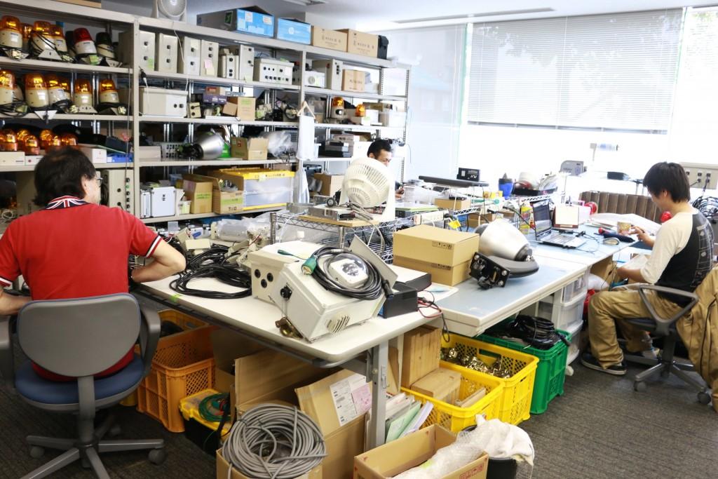 エコモット ハードウェア開発室