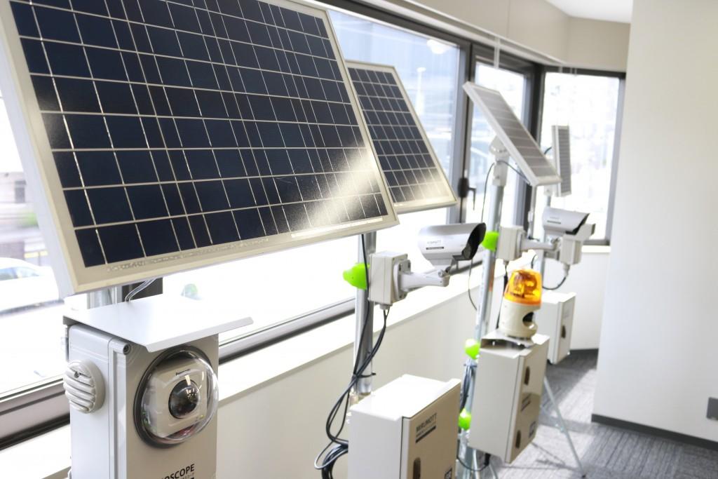 エコモット ソーラーパネル付ワイヤレス監視カメラ