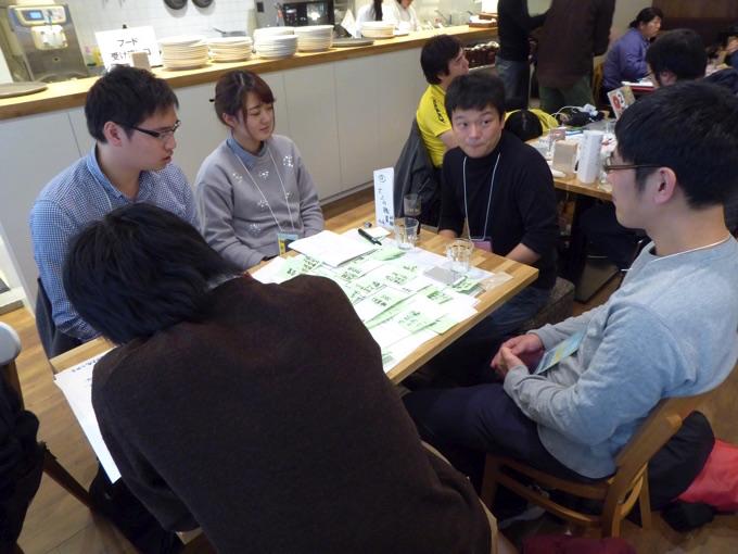 写真右から2番目は株式会社道新デジタルメディア、齊藤拓男さん