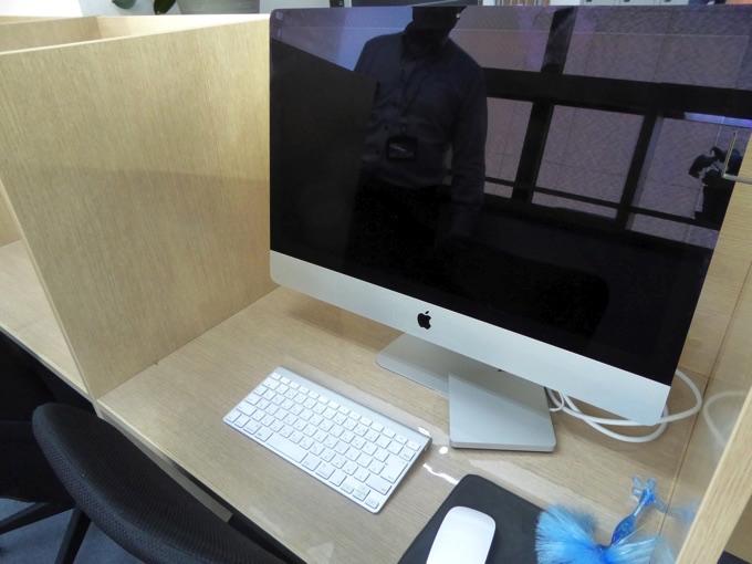iMacを持ち込んでいる方もいらっしゃいます