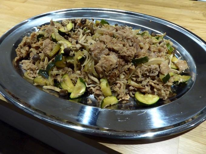 肉きのこ野菜炒め