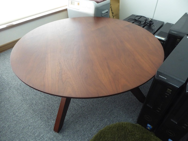 大きなちゃぶ台(丸テーブル)