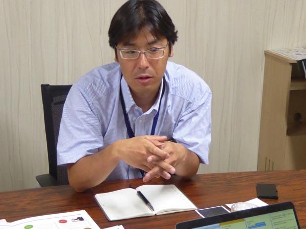 インタビューに答える谷口さん
