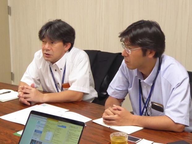 インタビューに答える中塚さんと谷口さん