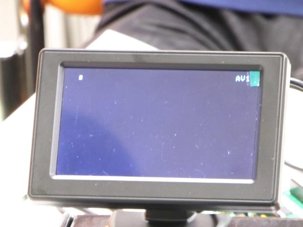 基板を接続していない黒い画面
