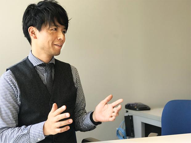 高校生チャレンジグルメコンテストの事務局長の市立札幌大通高等学校教諭、西野功泰先生