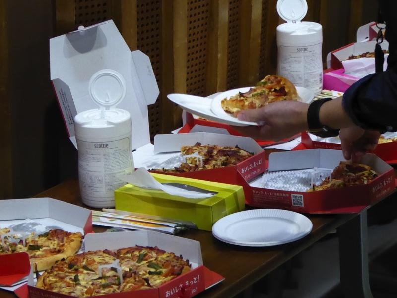 たくさんのピザ!