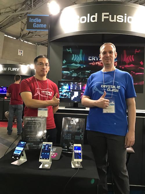 株式会社コールド・フュージョンのテッダー・マイケルCEO(写真右)と、デザイナーの福本章さん(写真左)