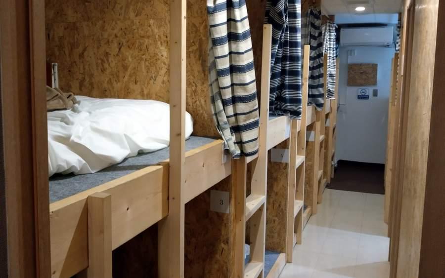 ITで宿泊施設不足を解消!増殖する「無人ホテル」とは?