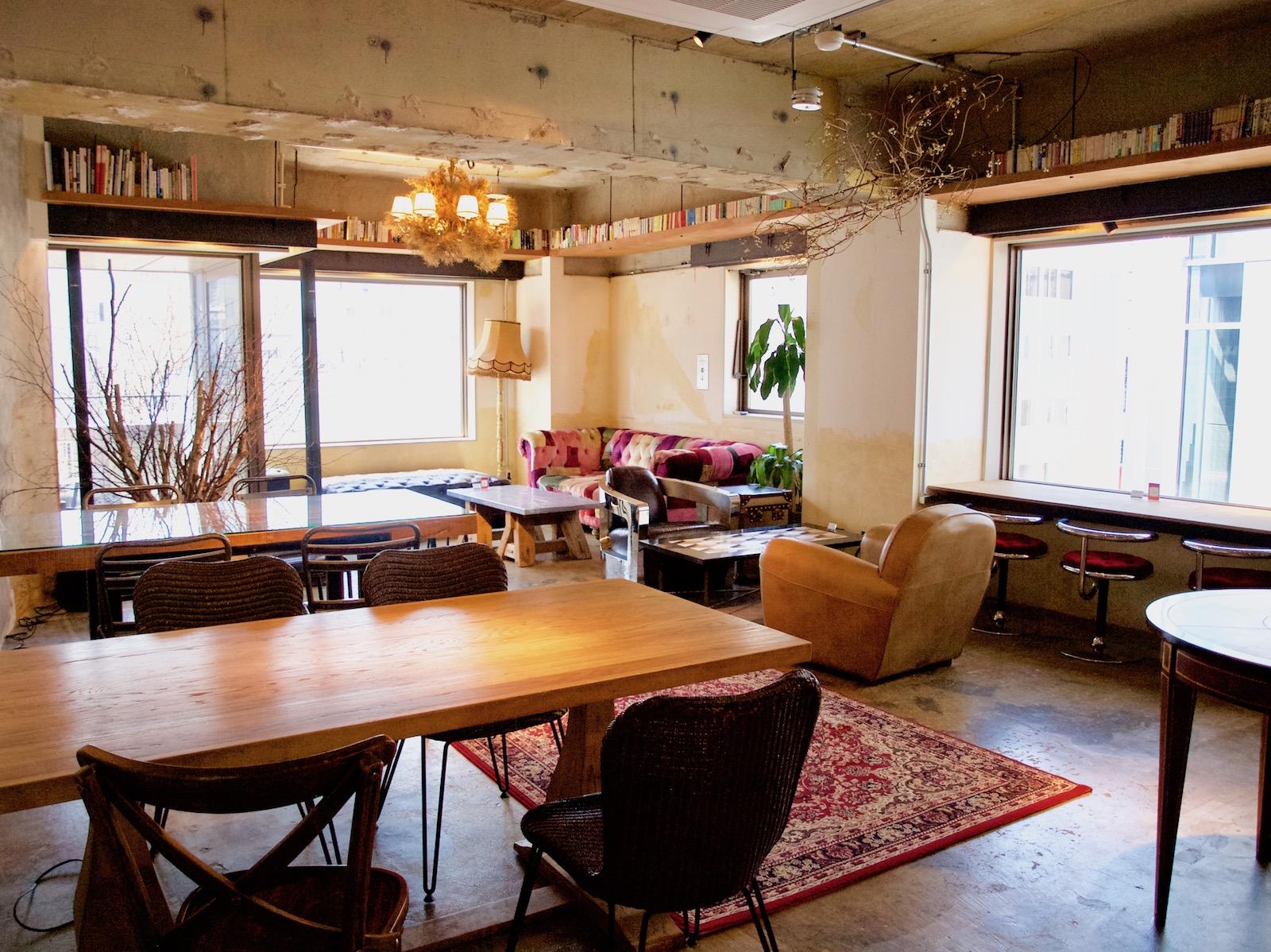 札幌に新しいモノゴトが生まれる場所を。昼はコワーキングカフェ、夜はバーの「大人座 Otonaza」オープン
