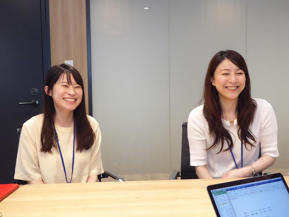 (写真左)金田彩花さん 企画推進グループ 推進1部 (写真右)渡鍋みゆきさん 管理部 総務担当 ※ 金田さんは、キタゴエ二度目の登場です。いつもありがとうございます。