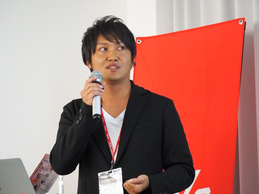 日本オラクル株式会社クラウド事業戦略統括 Digital Transformation 推進室のデータアナリストである横山慎一郎さん