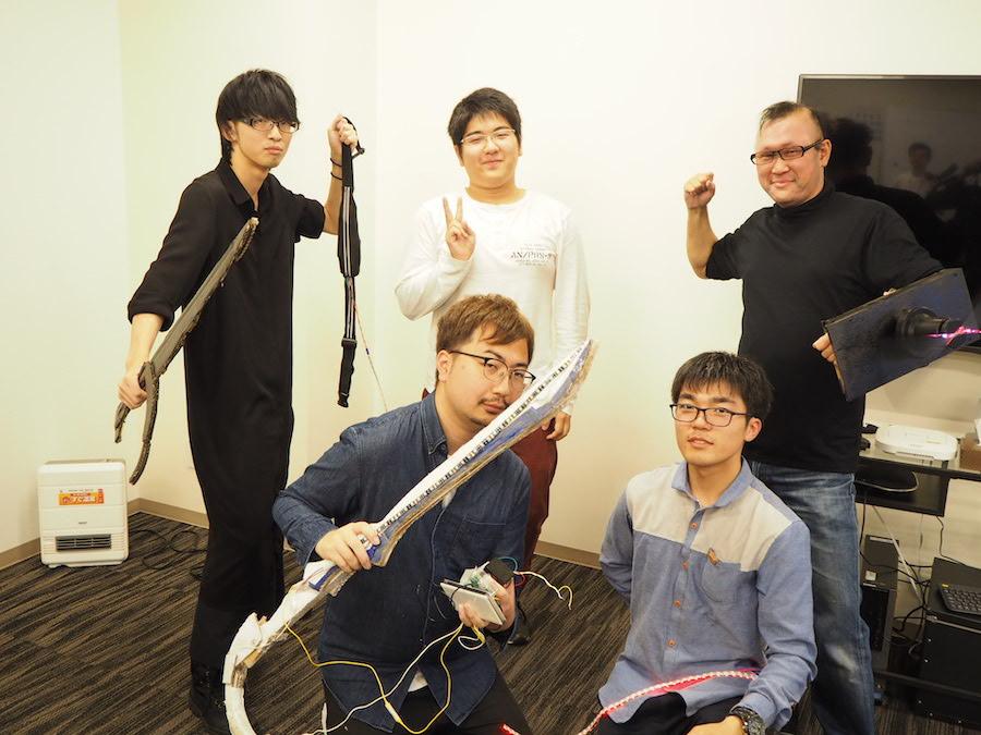 「Web×IoT メイカーズチャレンジ」に参加したチーム名「漆黒の聖剣」