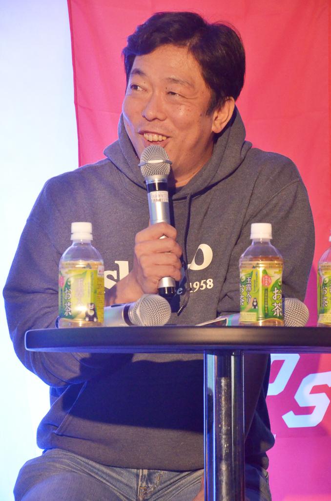 荒井 優氏顔写真