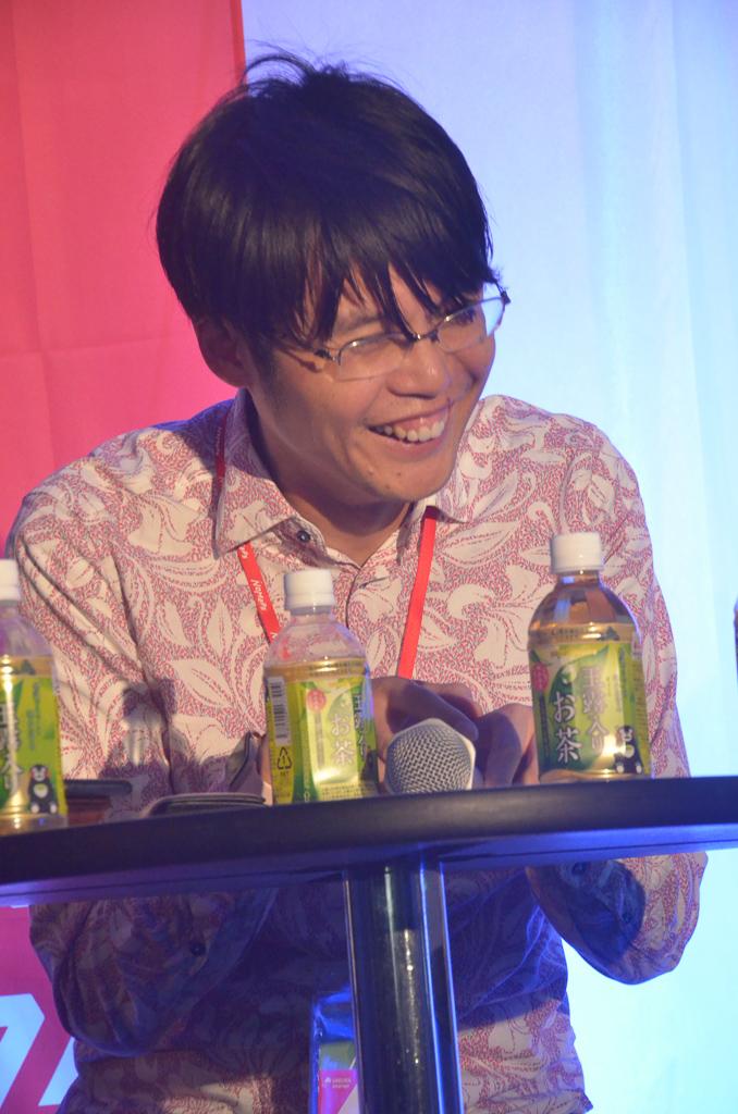 田中氏爆笑
