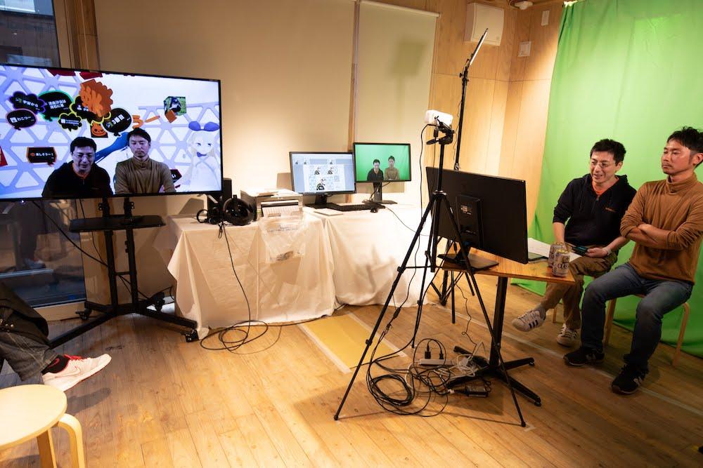 VRを体感!バーチャルとリアルを繋げたバーチャルカフェに行ってきた!